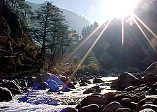 Tranquil riverside - Kullu valley